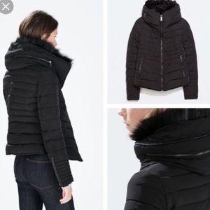 ZARA quilted jacket in size Small. Hidden hood